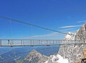 Hangebrucke Panorama Credit Der Dachstein